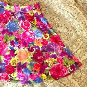 Floral flare mini skirt